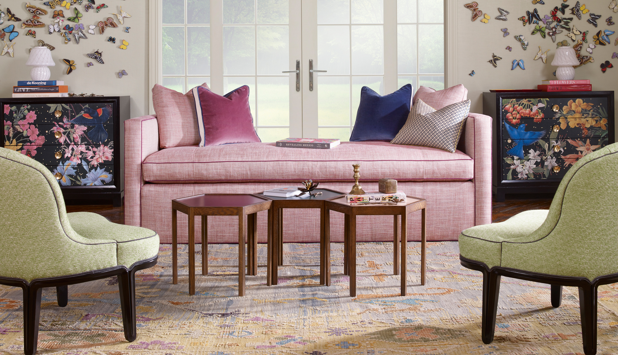 Collection: Highland House Upholstery Item Shown: 1347 87